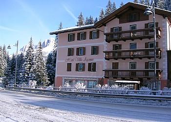 2 stars Hotels in Canazei (**) in Penia di Canazei. winter