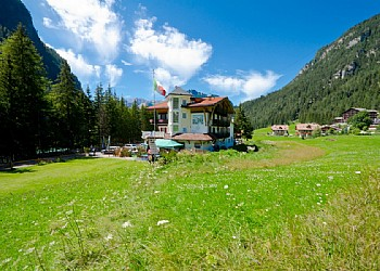 3 stars Hotels in Canazei (***) in Canazei - External - Photo ID 135