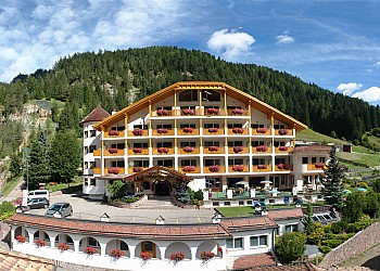 Hotel 4 stelle a Canazei (****) a Canazei - Esterne - ID foto 336
