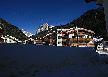 2 stars B&Bs in Canazei (**) in Canazei. Skiing in Canazei hotels