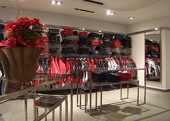 Abbigliamento e Sportswear a Moena - Gallery - ID foto 608