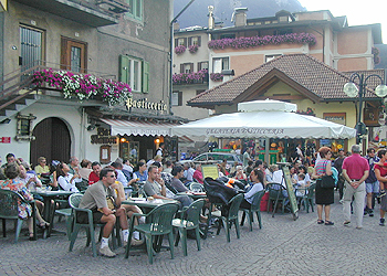 Restaurants, bars and pizzerias in Moena - Gallery - Photo ID 624