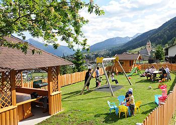 Residence - San Giovanni di Fassa - Pera - Außenansicht Sommer - Photo ID 1045