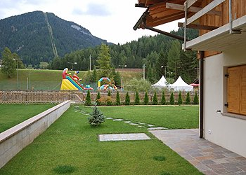 Apartment in Pozza di Fassa - Garden - Photo ID 1107