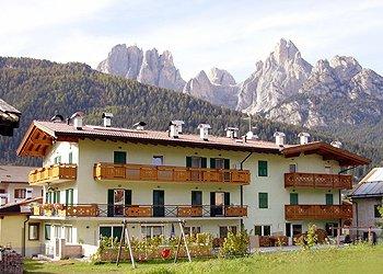Apartments Pozza di Fassa: Ciasa Costabella - Rita Locatin