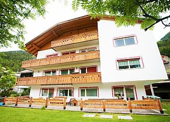 Apartments Canazei: Appartamenti Riz Maria Teresa - Maria Teresa Riz