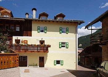 Appartamenti Vigo di Fassa: Majon Soreie - Marina Rasom