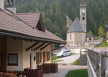 Bytě - Campitello di Fassa - Zvenčí - v létě - Photo ID 1329