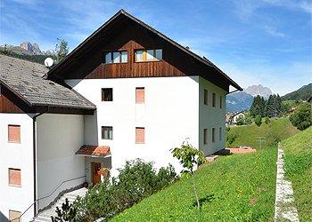 Apartamenty Moena: Residenza Mariella - Helga Beyer / Pozzi