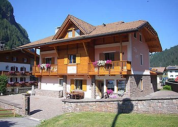 Appartamenti Canazei: Villa Lory - Valeria Fosco