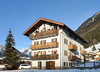 Wohnung - San Giovanni di Fassa - Pozza - Außenansicht Winter - Photo ID 1390