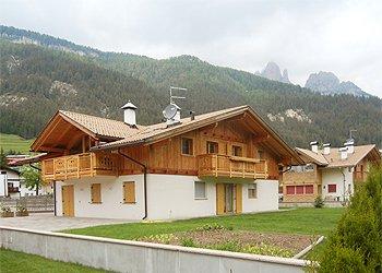 Wohnung - San Giovanni di Fassa - Pozza - Außenansicht Sommer - Photo ID 1468