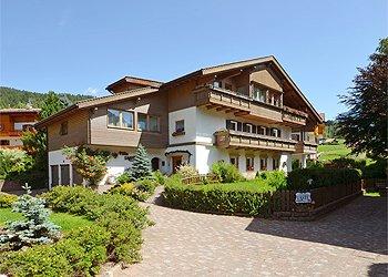 Ferienwohnungen Moena: Villa Lastè