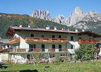 Appartamenti Pozza di Fassa: Ciasa Costabella - Patrizia Bernard