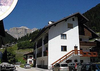 Appartamenti Canazei: Appartamenti Maura e Filippo