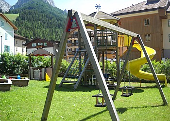 Residencias - San Giovanni di Fassa - Pozza - Garden - Photo ID 1993