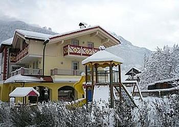 Residencias - San Giovanni di Fassa - Pozza - Invierno - Photo ID 2000
