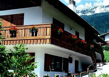 Appartamento a San Giovanni di Fassa - Vigo  - Esterne - ID foto 2102