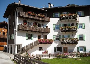Appartamenti Pozza di Fassa: Deluca Marino