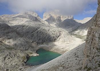 Servizi a San Giovanni di Fassa - Vigo . Centro Escursioni Catinaccio Rosengarten Lago di Antermoia
