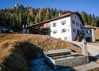 Apartmaju - San Giovanni di Fassa - Pera - Zunanje poletje - Photo ID 2255