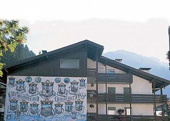 Residencias Canazei: Appartamenti Bernard