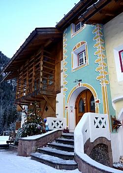 Bytě - Campitello di Fassa - Zvenčí - v zimě - Photo ID 2282