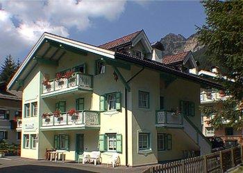Ubytovna - Campitello di Fassa - Zvenčí - v létě - Photo ID 257