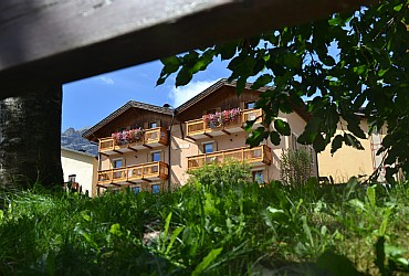 Wohnung - San Giovanni di Fassa - Vigo - Außenansicht Sommer - Photo ID 2741