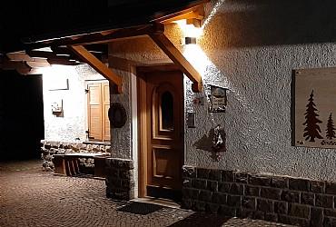 Bytě - San Giovanni di Fassa - Vigo  - Zvenčí - Photo ID 2784