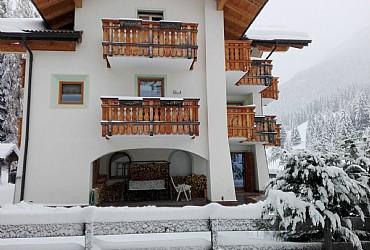 Wohnung - San Giovanni di Fassa - Pozza - Außenansicht Winter - Photo ID 2789