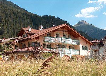 Ferienwohnungen Mazzin - fraz. Campestrin: Villa Marta - Marta Boninsegna