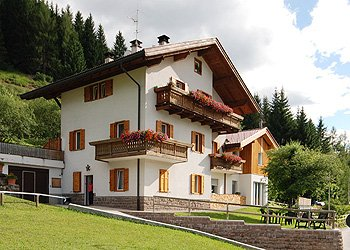Appartamenti Moena: La Pineta - Simonetta Dariz