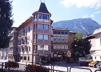 Apartments Moena: Residence il Cervo - Carla Zanoner