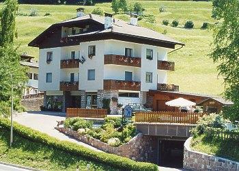 Appartamenti Moena: Graziella Defrancesco - Graziella Defrancesco
