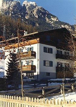 Wohnung - San Giovanni di Fassa - Pera - Außenansicht Sommer - Photo ID 670