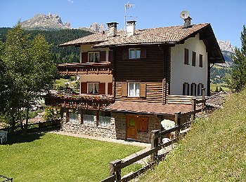 Apartments Moena: Aurelia Iellici
