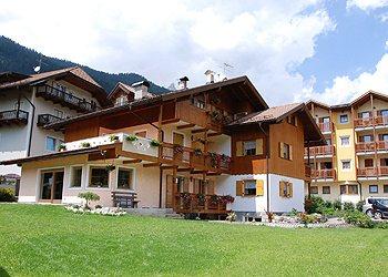 Appartamenti Pozza di Fassa: Ciasa Elsa Mountain Apartments - Famiglia Vian