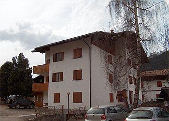 Appartamenti Pozza di Fassa: Claudio Locatin - Roberta