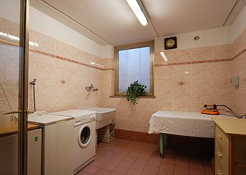 Apartment in San Giovanni di Fassa - Vigo . Laundry equipped with washing machines and iron.