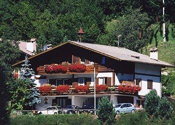 Appartamenti Moena: Villa Mantina - Claudia e Sandra Iellici