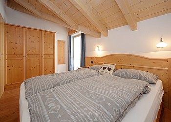 Residence residence saslench campitello di fassa for Camera matrimoniale e piani bagno