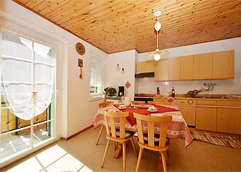 Apartment in Canazei. Kitchen with extendable table max 8 persons