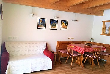 Apartment in Canazei. cosy apartment for 4 persons on the second floor: kitchenette in the living room, two bedrooms, two bathrooms and two balconies
