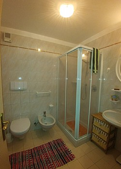 Apartment in San Giovanni di Fassa - Pozza. It's complete of pool with shower stall and washing mashine.
